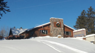 Skyview-Lodge-Restaurant-Winter-ext