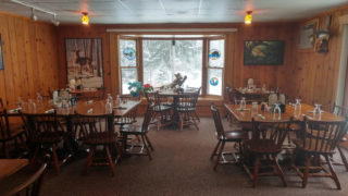 Skyview-Lodge-Dining-Room-02